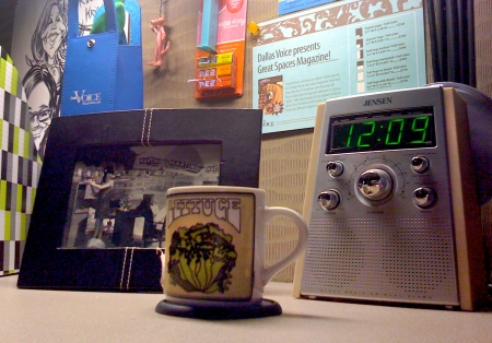 I also have arecent addiction to hot tea, which I'm drinking in the uber-cool mug I found in the cabinet at work.